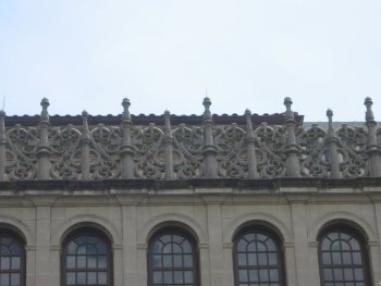 decorative roof line