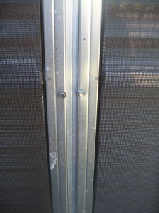 screws in screen